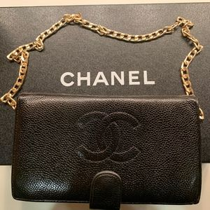 Chanel caviar CC long wallet and wallet on a chain